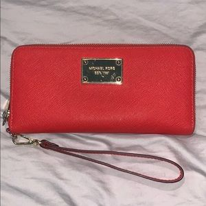 Michael Kors Wallet with wristlet